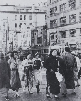 銀座1932年(右).jpg